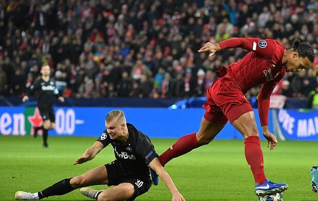 ¡El defensor más asustado de Harland es de Liverpool!